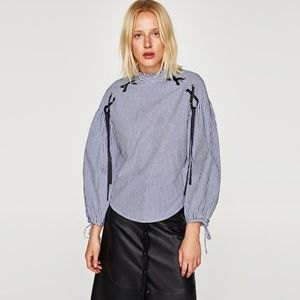 NWT Zara AW17 Size XS Striped Blouse with Bows
